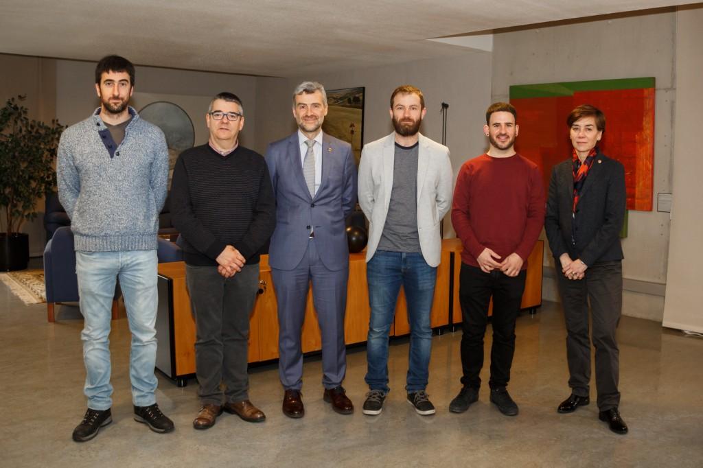 Foto convenio ayuntamientos-upna